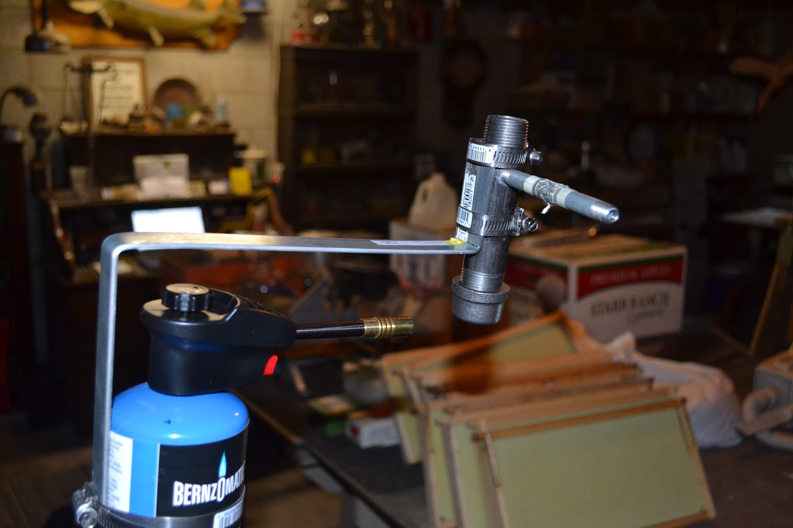Our Bee Blog: HOMEMADE OXALIC ACID VAPORIZER by beekeeper Fred