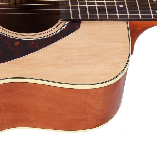 Acoustic Yamaha F370