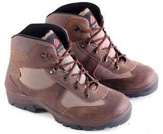 Sepatu Boots Pria Model Touring  L 155