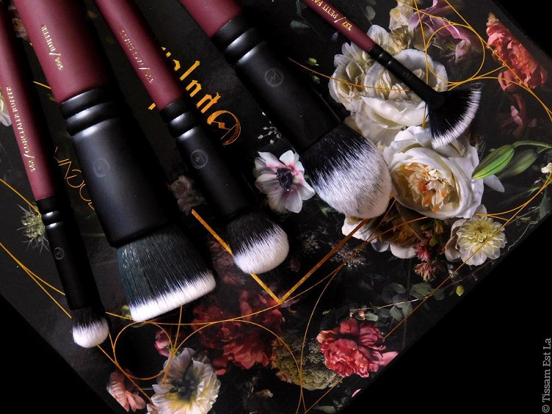 Zoeva Cosmetics | Opulence Brush Set Review Holiday 2017 Collection - Avis Set de Pinceaux Collection Noël 2017 - Opulence Eyeshadow Palette - Opulence Blush Palette