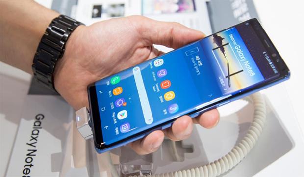 ظهور مشكل جديد في بطارية هاتف جالكسي نوت 8 قد يؤدي إلى فقدانه للأبد