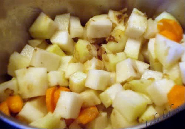 kohlrabi and carrot