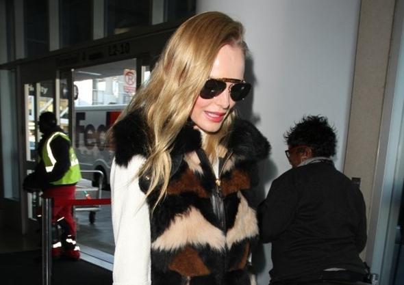 2017-01-25 ケイト・ボスワース(Kate Bosworth)ロサンゼルス国際空港にて。