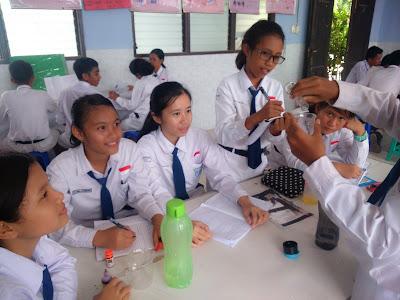 Kumpulan Contoh Teks Rekaman Percobaan Bahasa Indonesia Kelas IX Kurikulum 2013