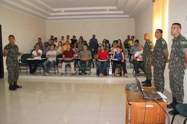 Secretário da Junta Militar de Umbuzeiro participa de treinamento no 15º Batalhão de Infantaria Motorizada em João Pessoa