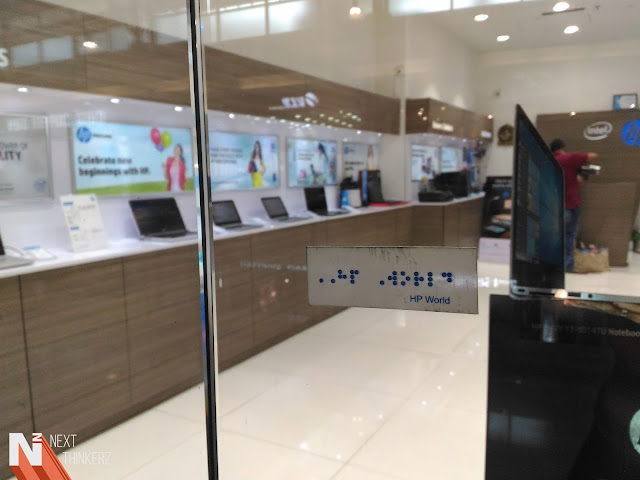 Special tag to recognize HP Store for blind people