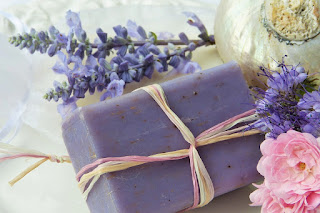 How To Prepare Handmade Natural Soaps