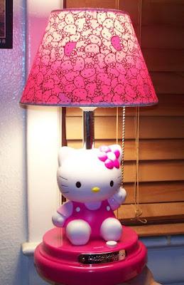 Trang tri phong ngu Hello Kitty dep 16