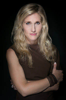 La escritora de Extraños Kimberly Mccreight