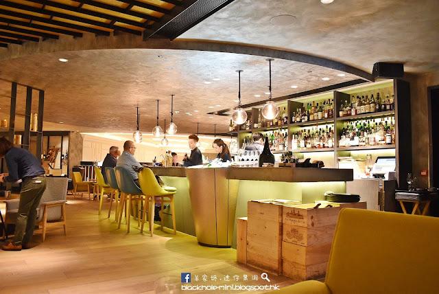 鬧市中的輕鬆時光:Alibi – Wine Dine Be Social / The Garage Bar