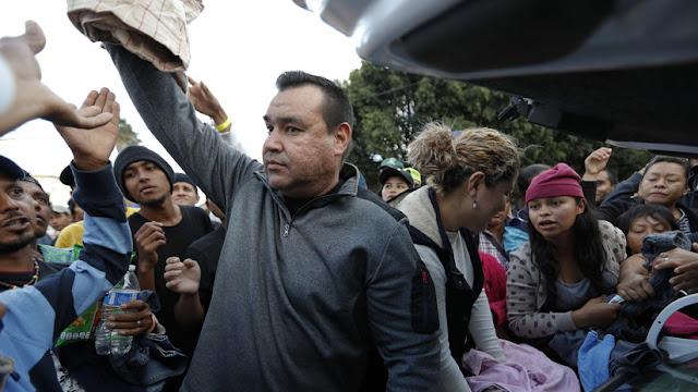 Quedan sin cargos penales los 42 detenidos en protesta de la caravana migrante en EE.UU.
