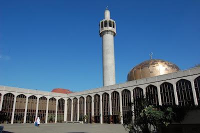 Megahnya Masjid di 5 Negara Minoritas Muslim Ini Bikin Kagum
