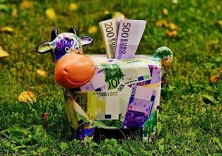 現時点では好調な為替ヘッジ型投資信託ですがヘッジコスト負担は意外と大きい?