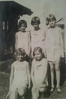 Nancy Gertrude Brumley Weik and girlfriends
