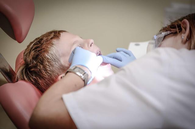 cabut gigi anak