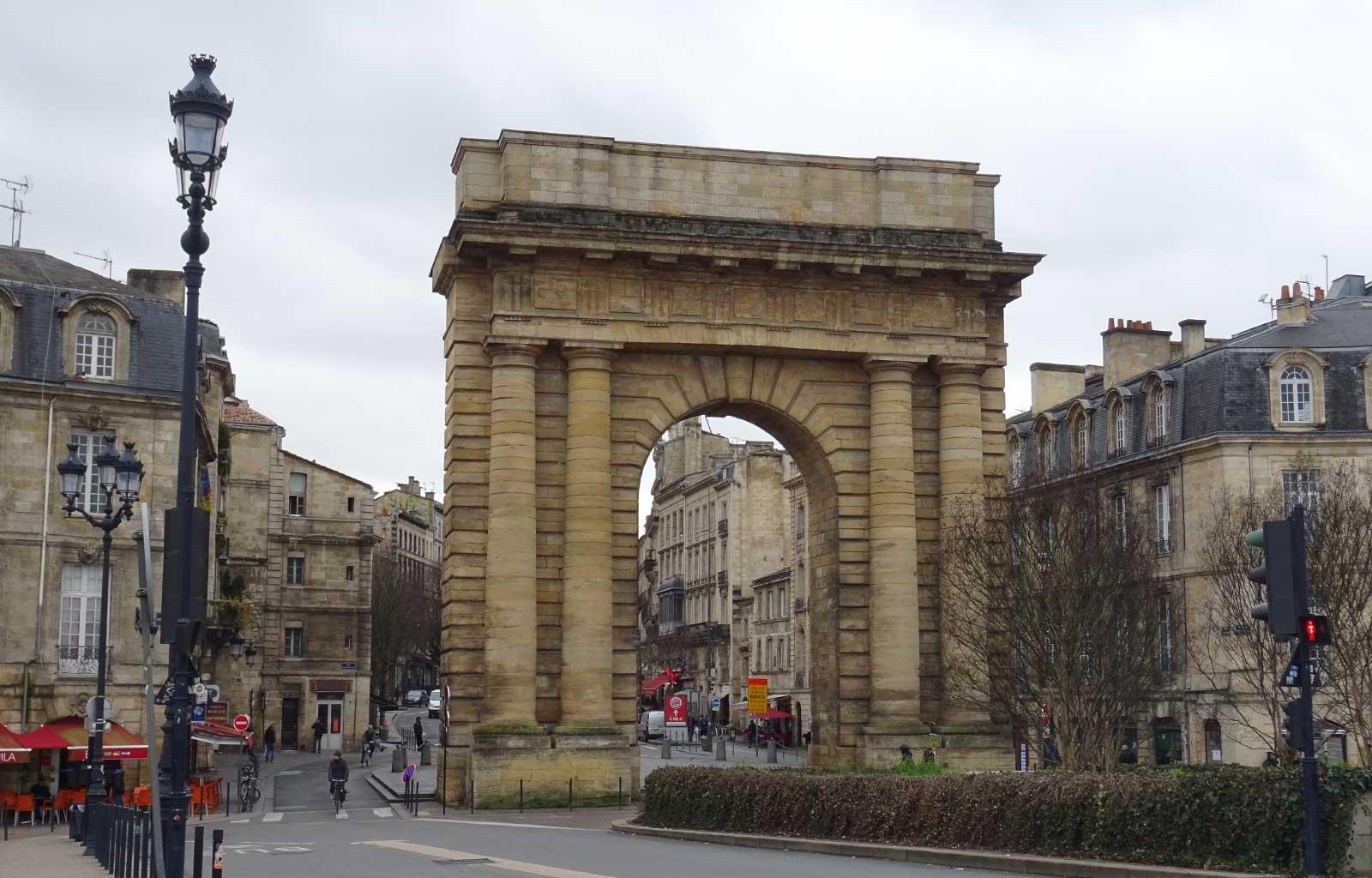 Bordeaux la porte de Bourgogne