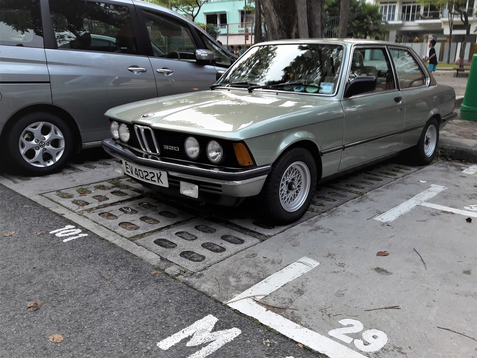 Singapore Vintage and Classic Cars: More than an old car #26: BMW ...