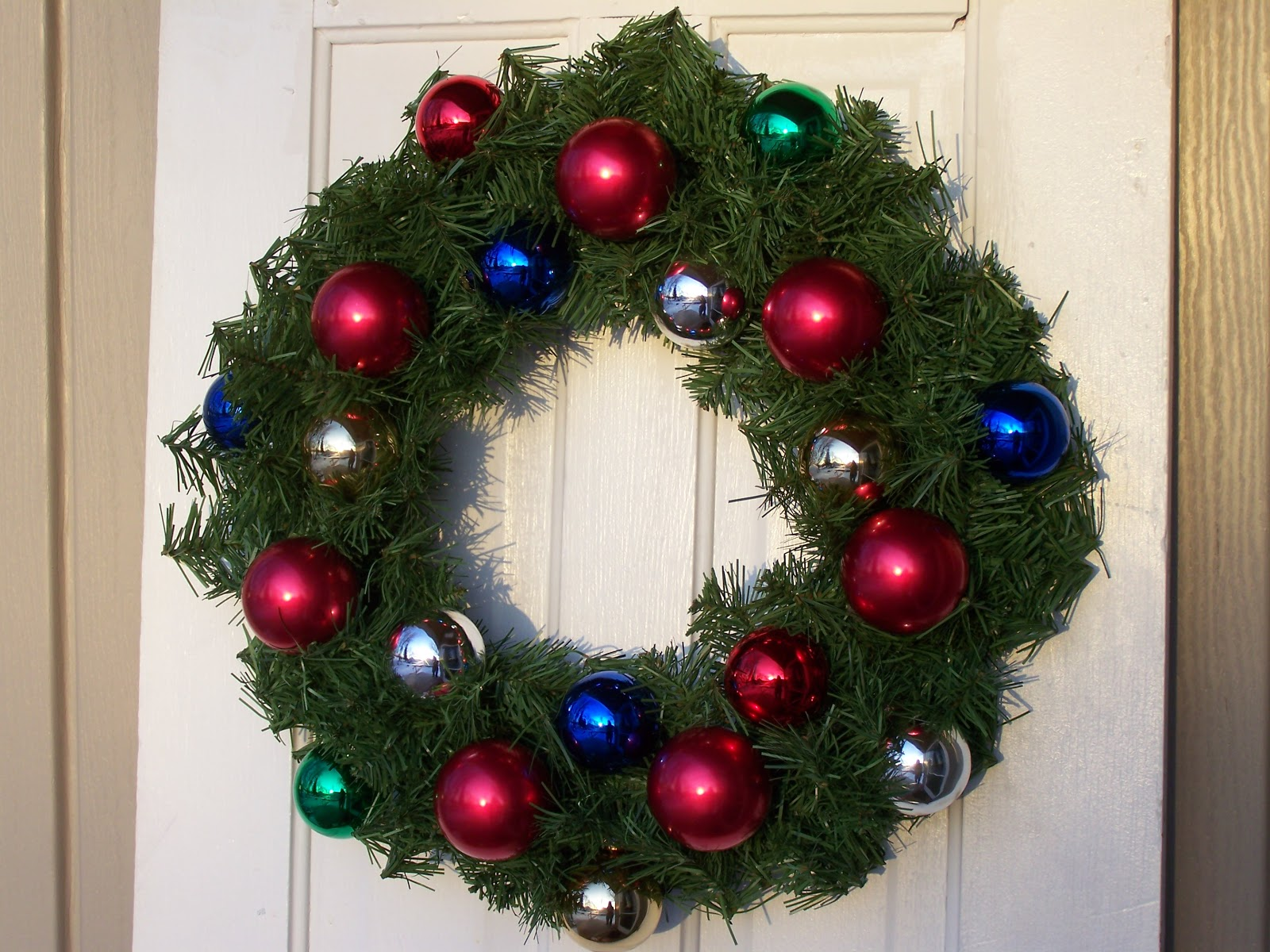 Patchwork Pieces: Christmas Wreath Tutorial