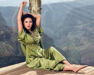 Tak Hanya Seksi dan Cantik Bak Model, Putri Raja Tol Fitria Yusuf Juga Ahli Berbisnis
