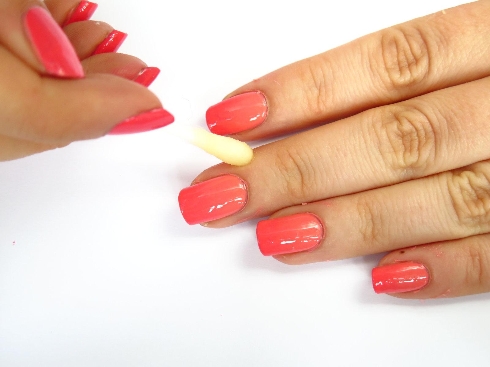 jak czyścić skórki paznokci skórę wokół czym