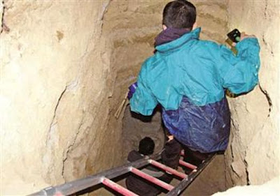 Looters dig tunnel to ancient tombs in Central Turkey