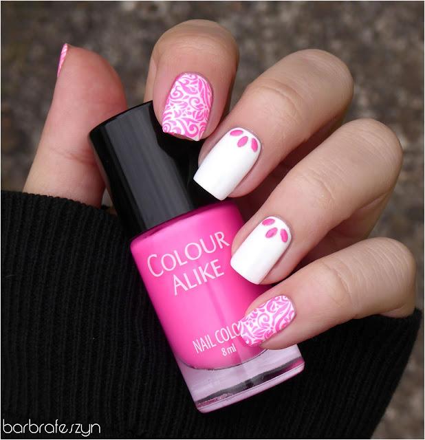 neonowy różowy lakier
