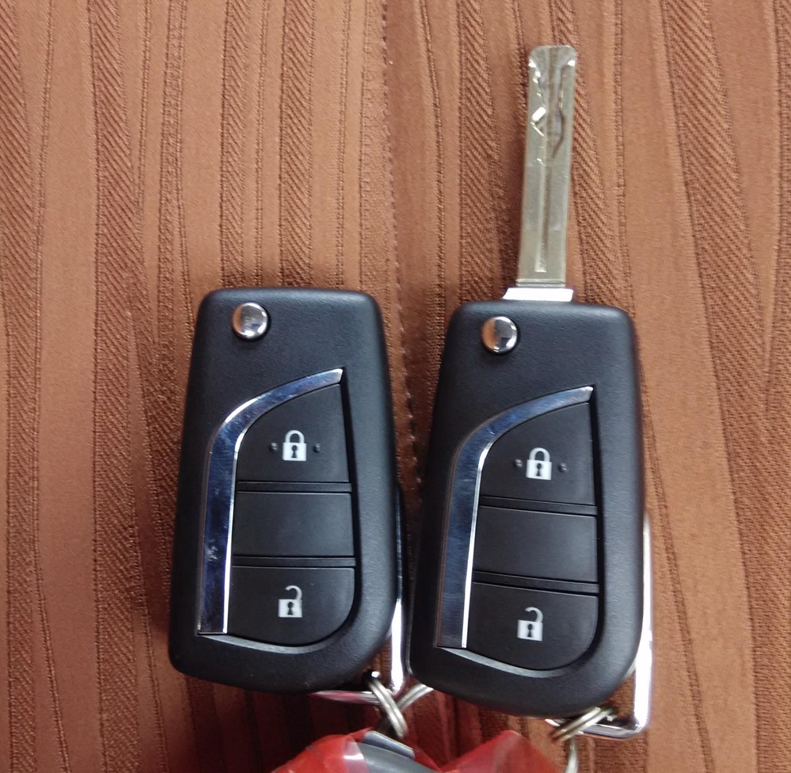Perbedaan All New Kijang Innova Tipe G Dan V Console Box Grand Avanza Melihat Interior Dikta Toyota Informasi