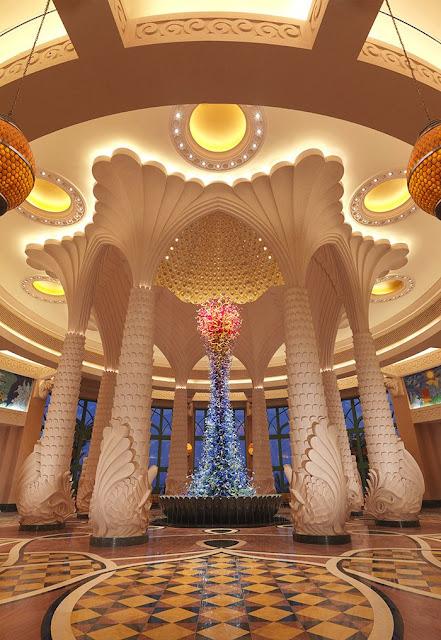 Lobby im Atlantis The Palm (C) JUREBU