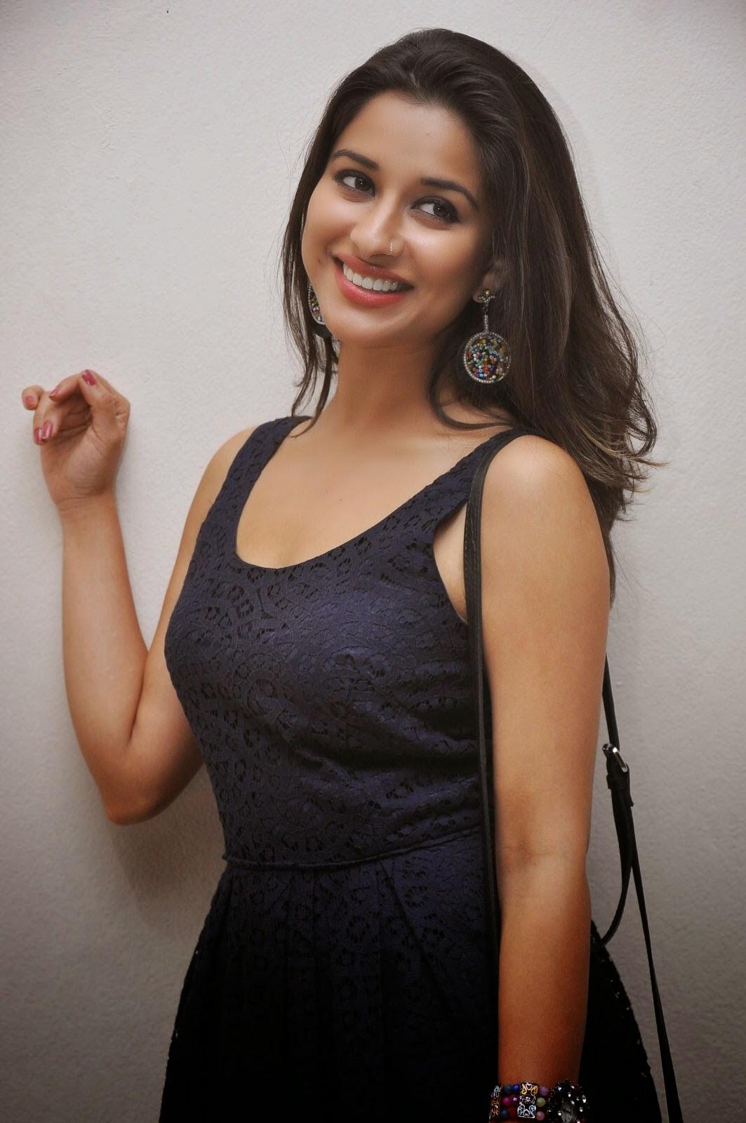 Madhurima Hot Black Thight Dress