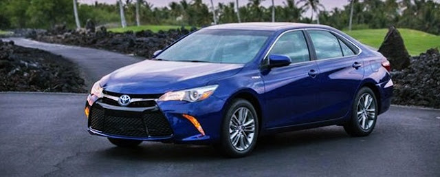 2016 Toyota Camry XLE V6 Price MSRP