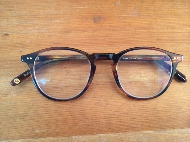 4285a424d58 I m selling my Garrett Leight glasses in perfect condition. There is a  prescription lens in it but they can easily be taken out by the optometrist  if you ...
