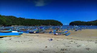 Pantai Laut Anakan Sidomulyo Pacitan