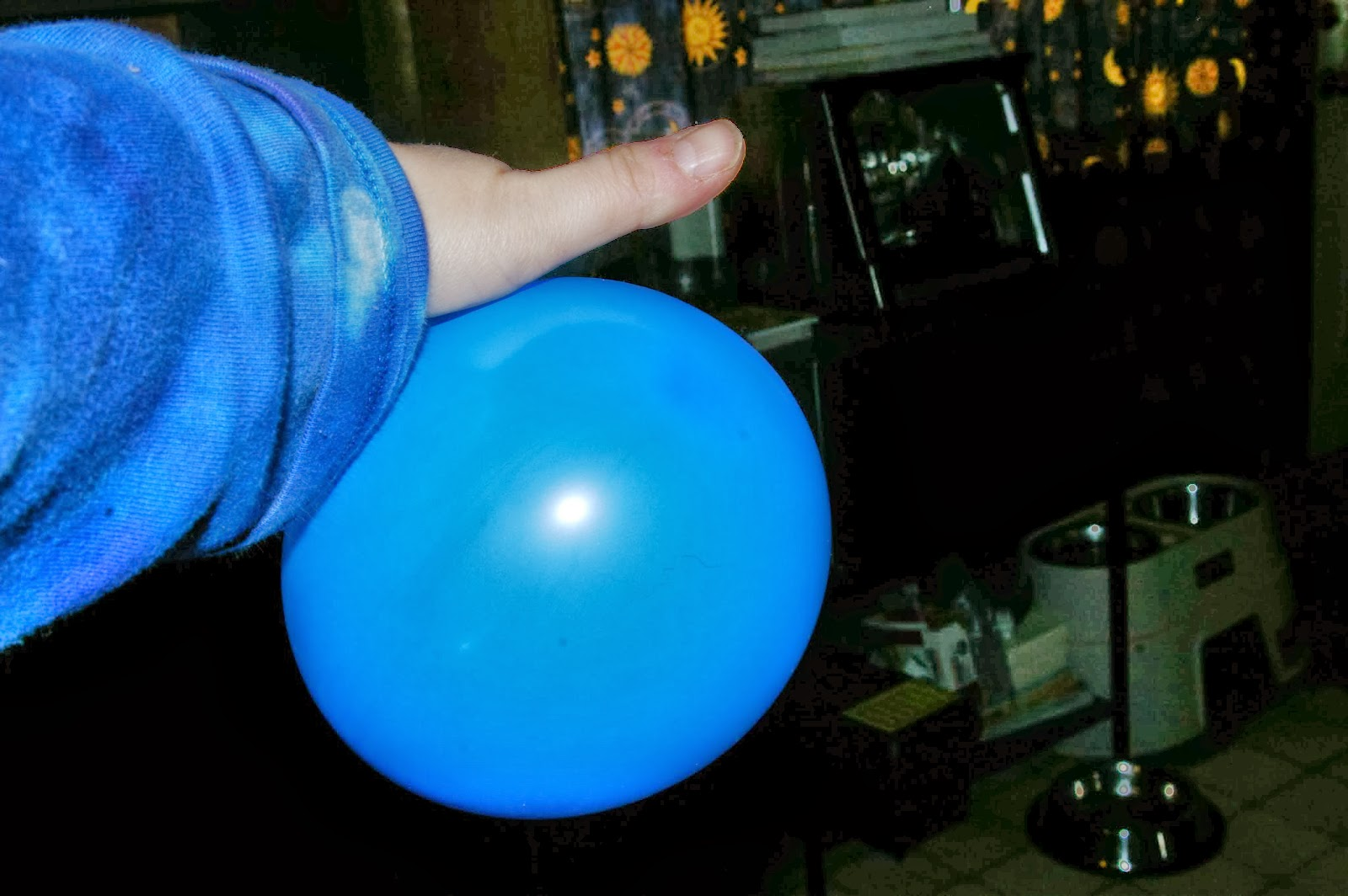 Tahoma Beadworks  Photography String Egg on Balloon