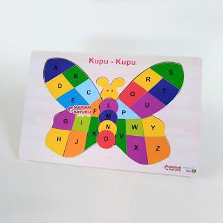 Puzzle Huruf Kupu-kupu
