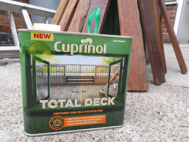 decking treatment on pallet wood