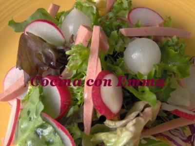 Ensalada con salchichas