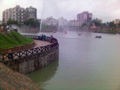 Vastrapur Lake Garden