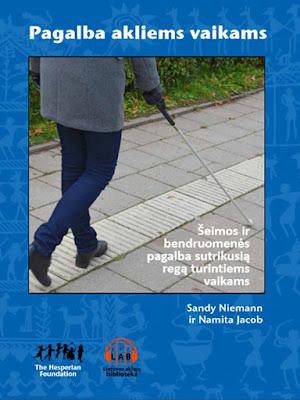 Viršelyje panaudota neregio su baltąja lazdele nuotrauka iš Lietuvos aklųjų bibliotekos archyvo