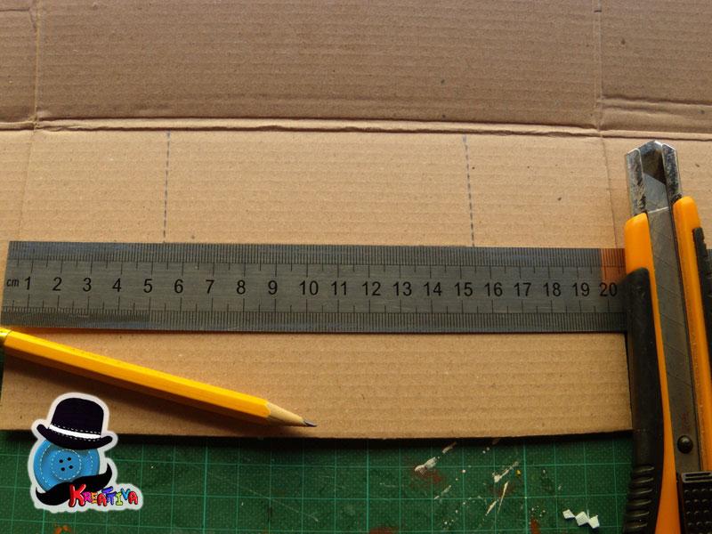 Calcio balilla con una scatola di scarpe kreattivablog for Come costruire i passaggi della scatola