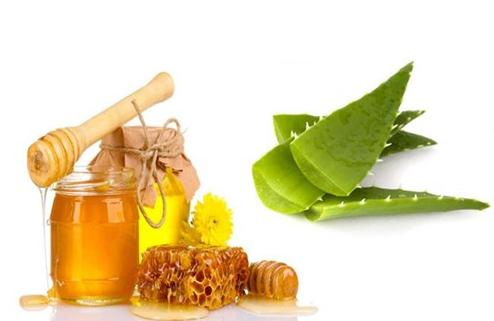 Hỗn hợp nha đam mật ong có nhiều tác dụng trong chăm sóc sức khoẻ và làm đẹp