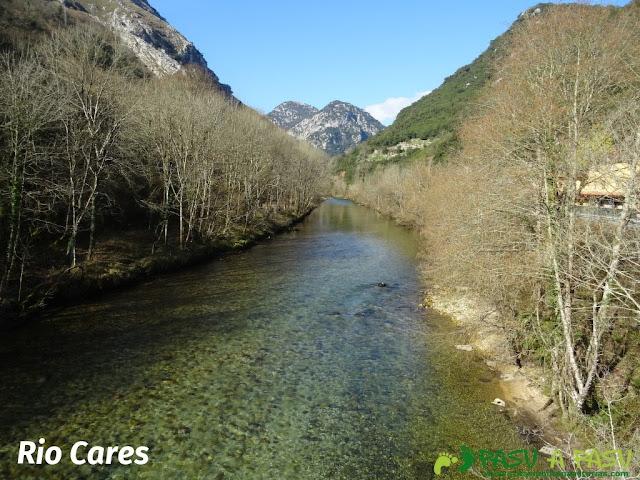 Río Cares en La Molinuca, Peñamellera