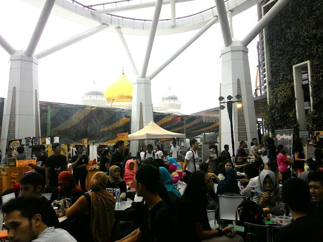 Festival Kuliner di Ur Flavor Market