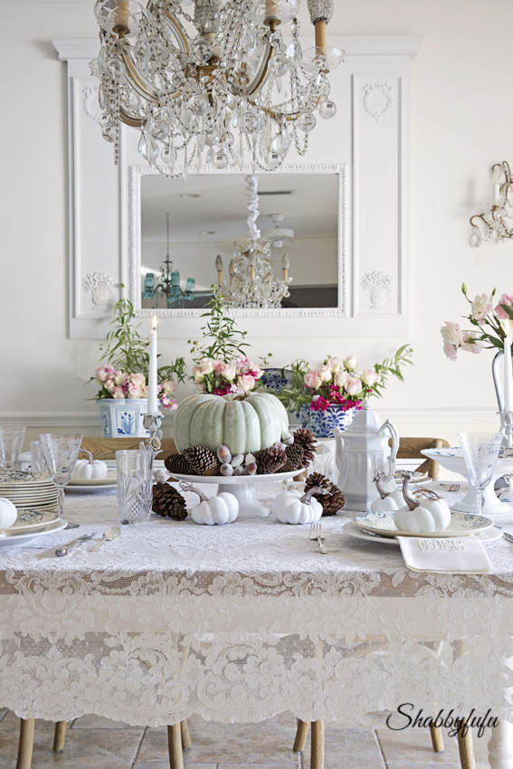Styling a romantic and elegant thanksgiving table shabbyfufu for Salon style shabby chic