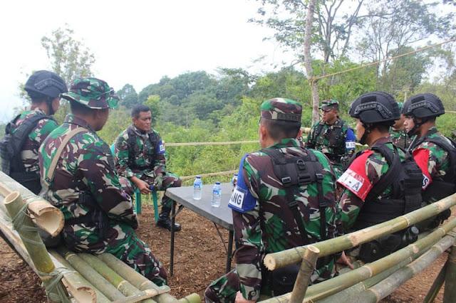 Pangdivif 1 Kostrad Tinjau Latihan Pratugas Yonif Raider 321 Kostrad di Majalengka