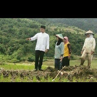 Bukti nyata zola adalah seorang pemimpin yang mencintai rakyat dan dicintai rakyat