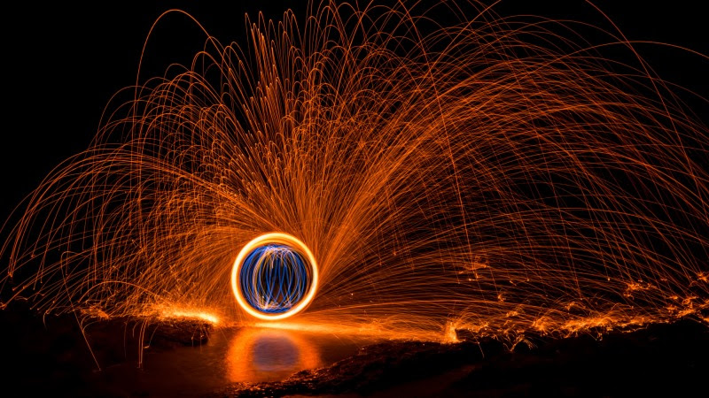 Hot Light Painting HD