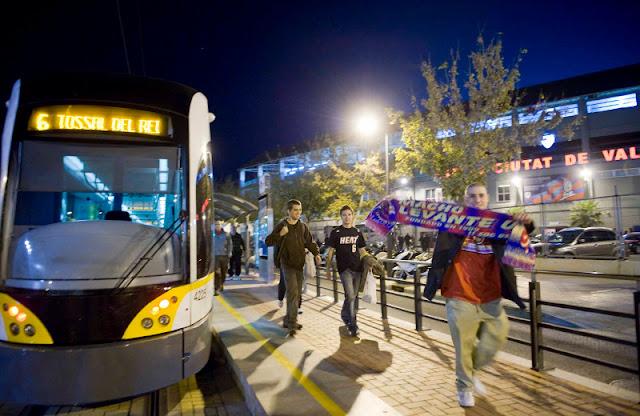 Metrovalencia refuerza su servicio para el encuentro de Liga entre el Levante y Leganés