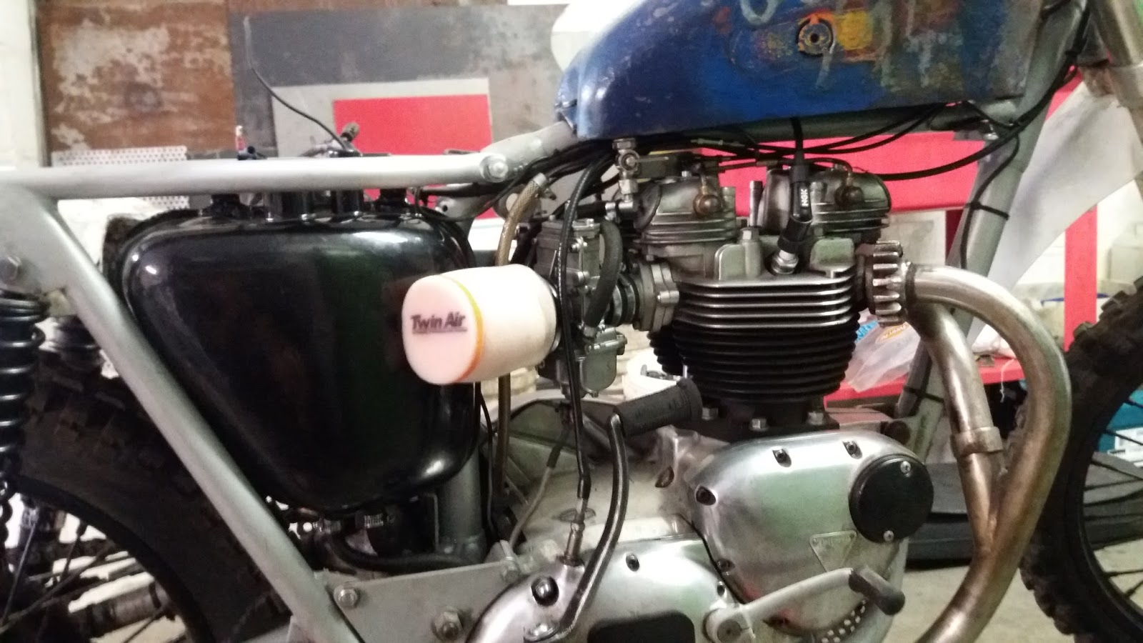 JTbrothers motorcycles: Double trouble means double solution