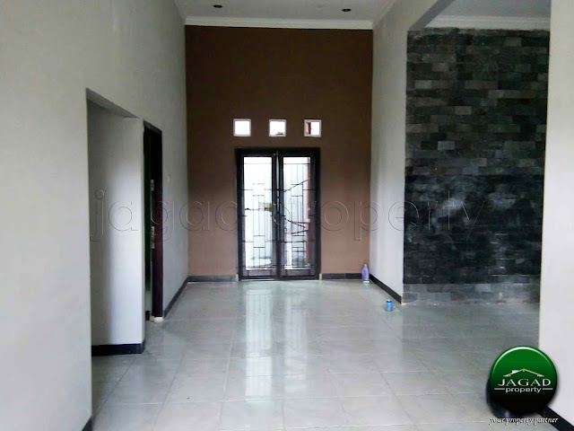 Rumah di Timur SD Model dekat Budi Mulia Dua