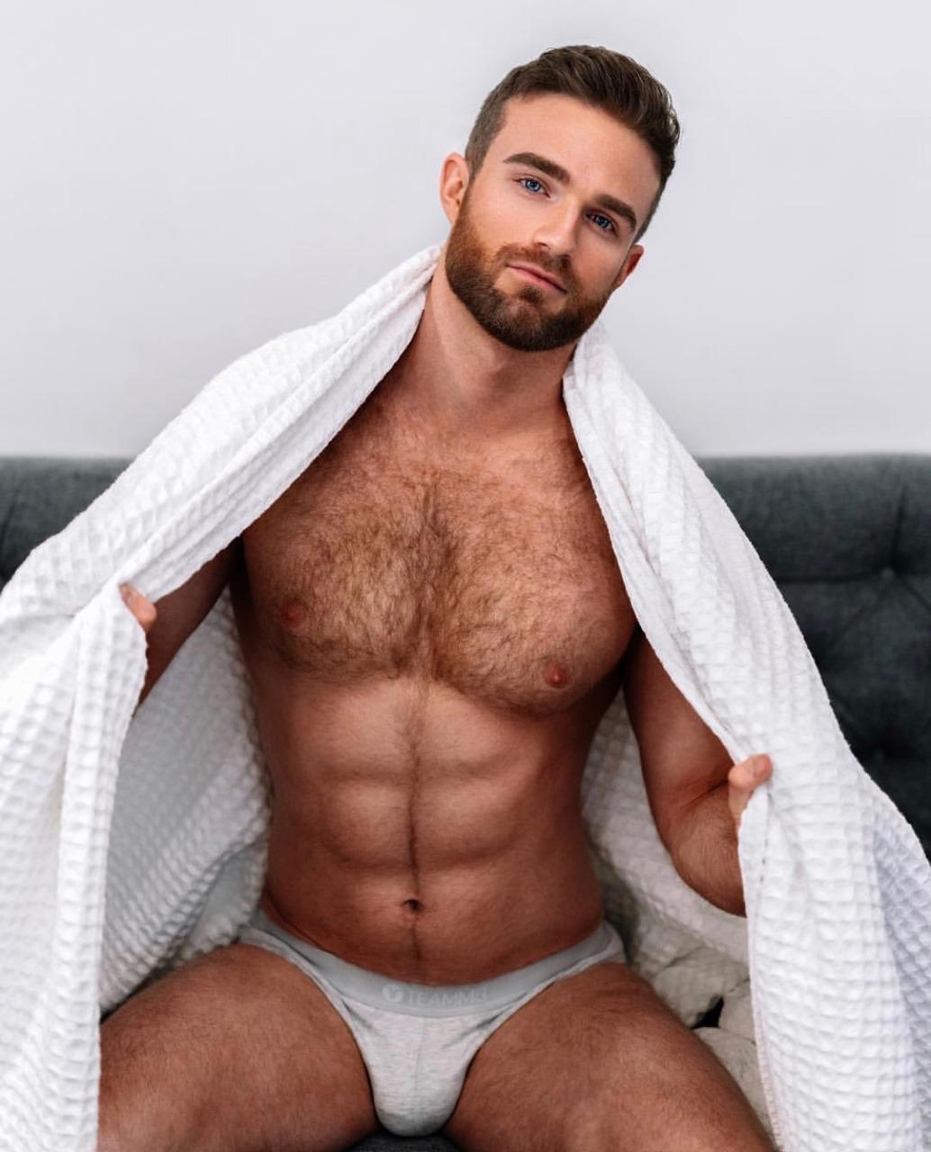 arquette-boobs-hot-men-naked-having-sex-magazine-nude
